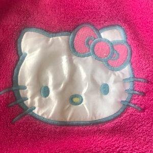 Pink Hello Kitty bathrobe💜